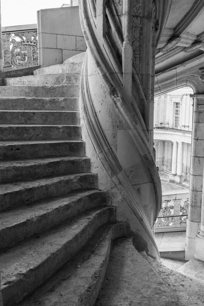 Escalier-à-vis
