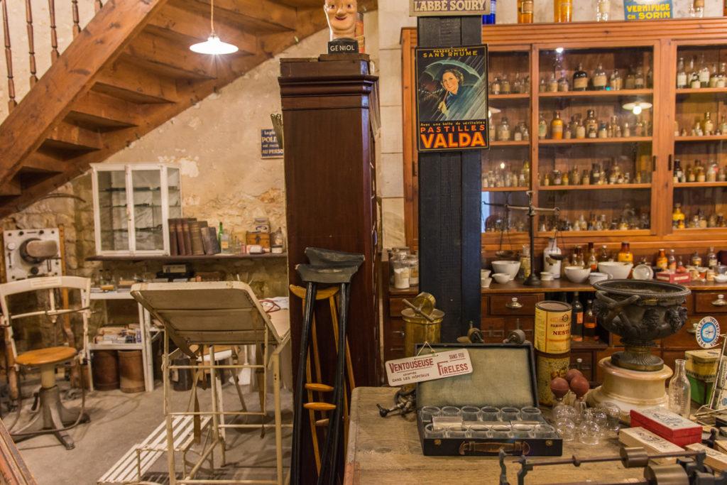 la pharmacie 2-Musée commerces autrefois by ArnaudDPhotography