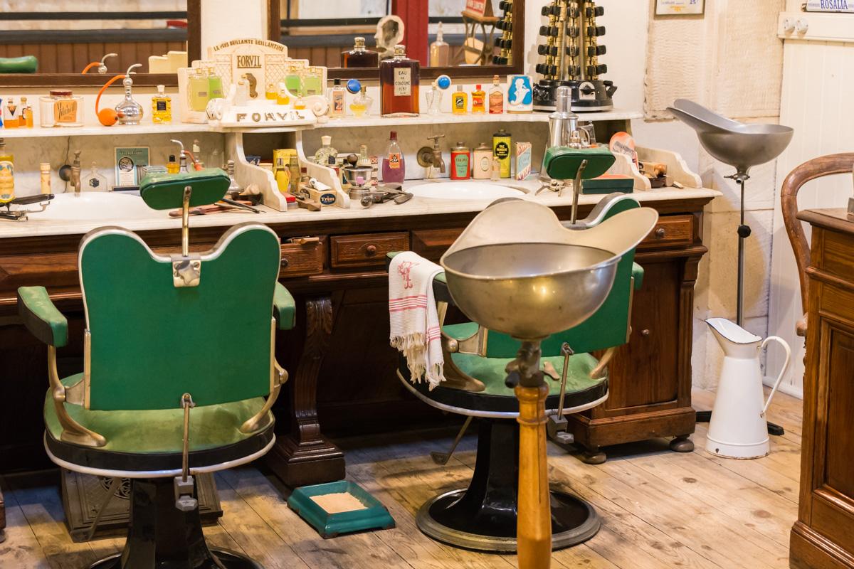 salon coiffure 1-Musée commerces autrefois by ArnaudDPhotography
