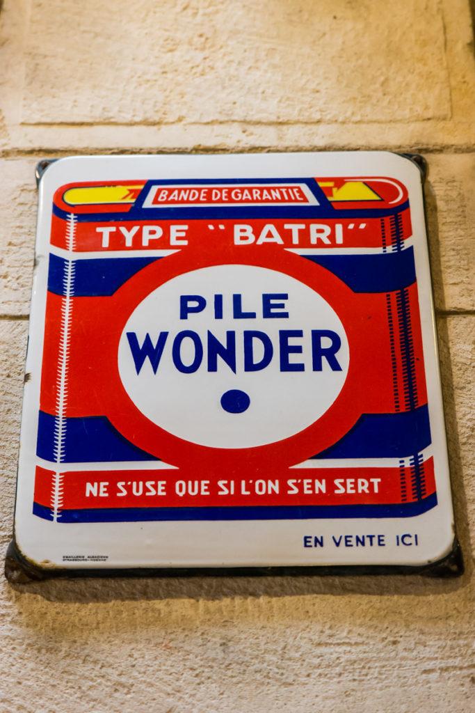 plaque pile wonder-Musée commerces autrefois by ArnaudDPhotography