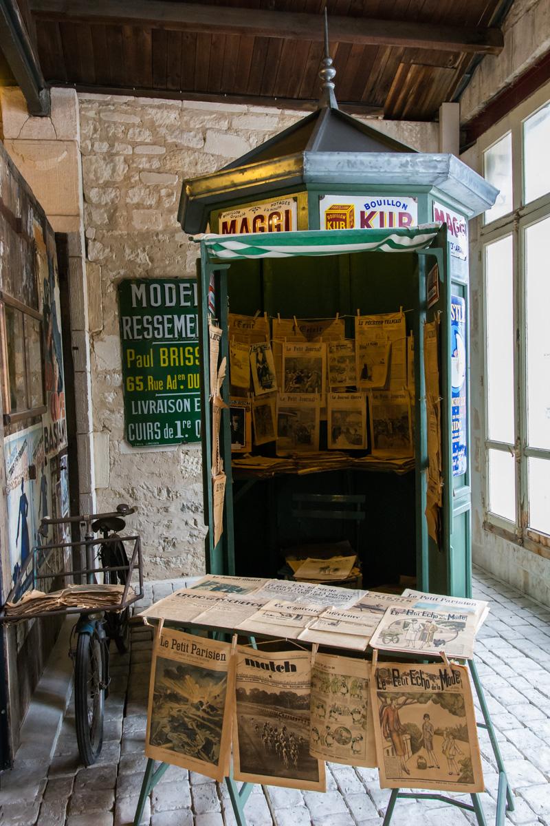kiosque-Musée commerces autrefois by ArnaudDPhotography