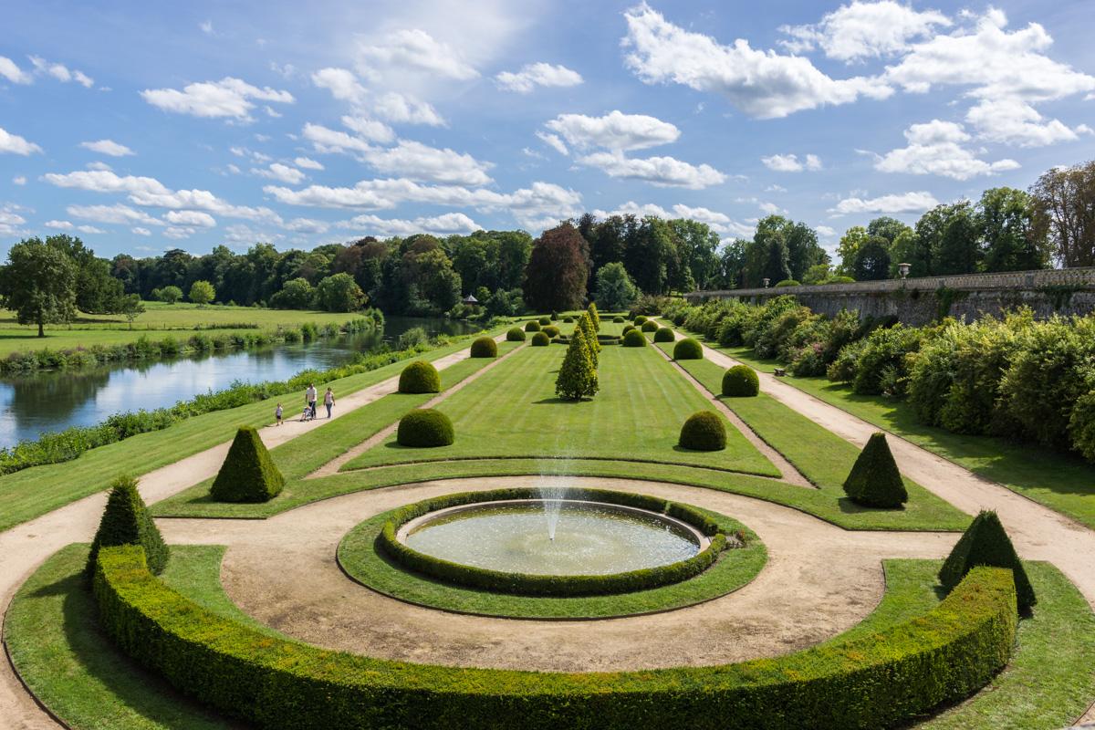 jardin bas du chateau du Lude