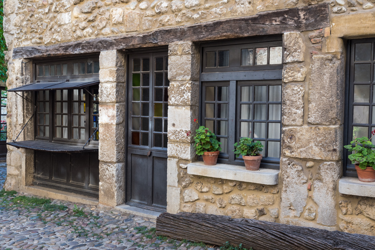 Pérouges-maison d'artisan