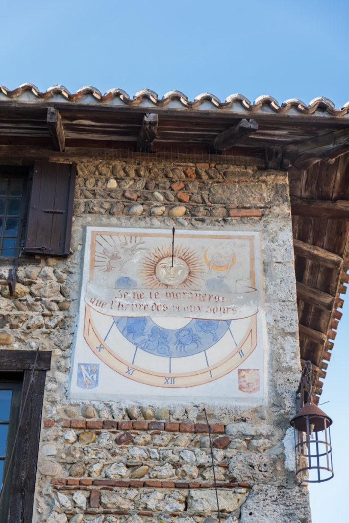 Cadran solaire de Pérouges
