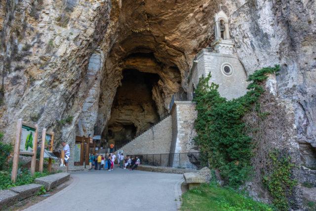 grottes de la balme-entrée 2