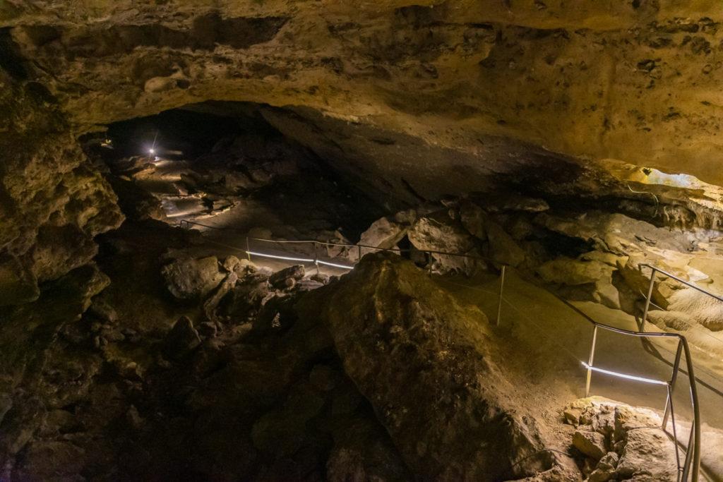 grottes de la balme-galerie desert