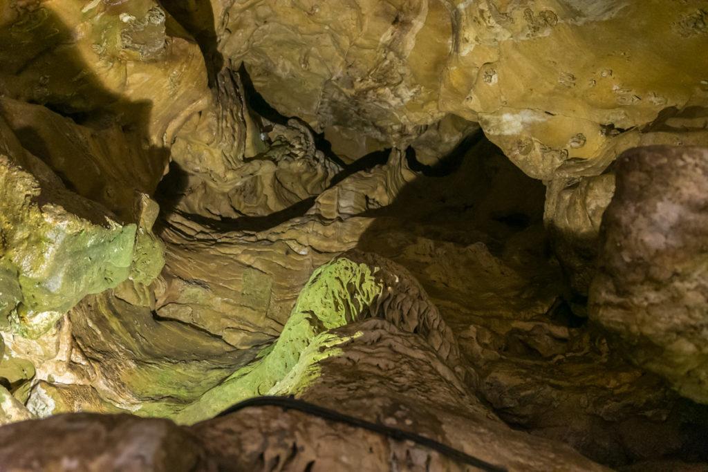 grottes de la balme-cheminée chauves souris