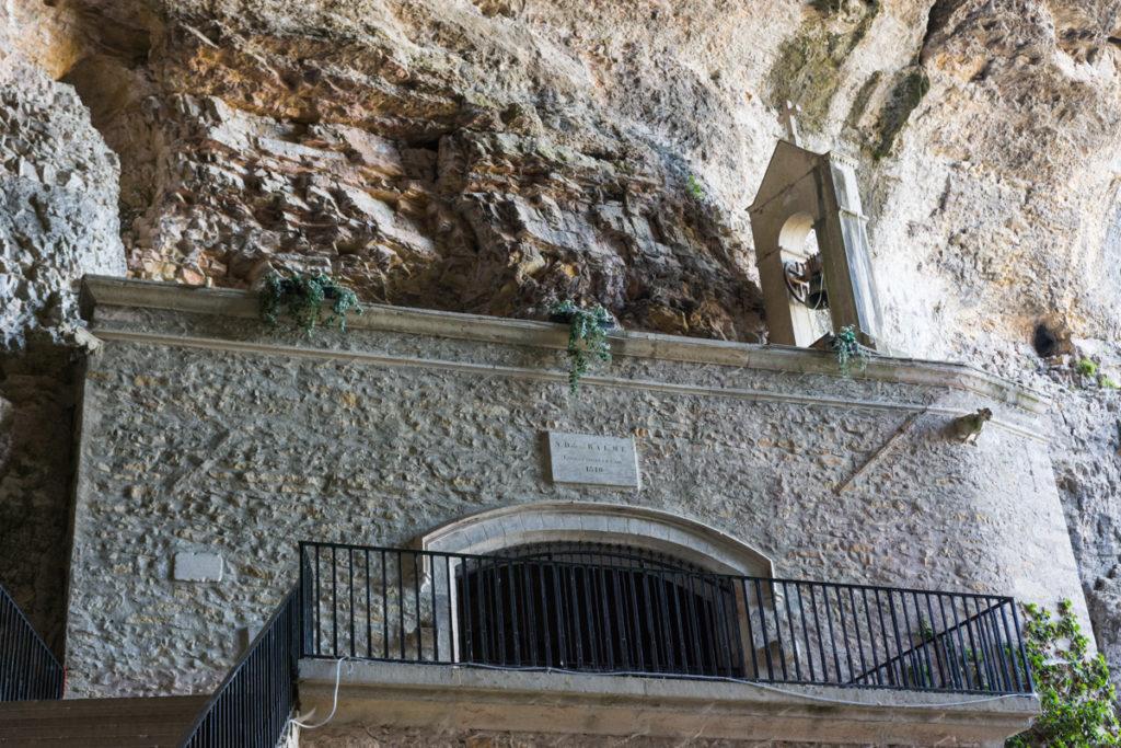 grottes de la balme-chapelle-extérieur