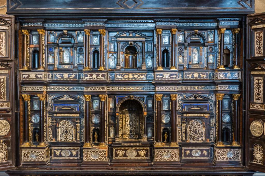 Chateau Ussé-salon vauban-cabinet 2