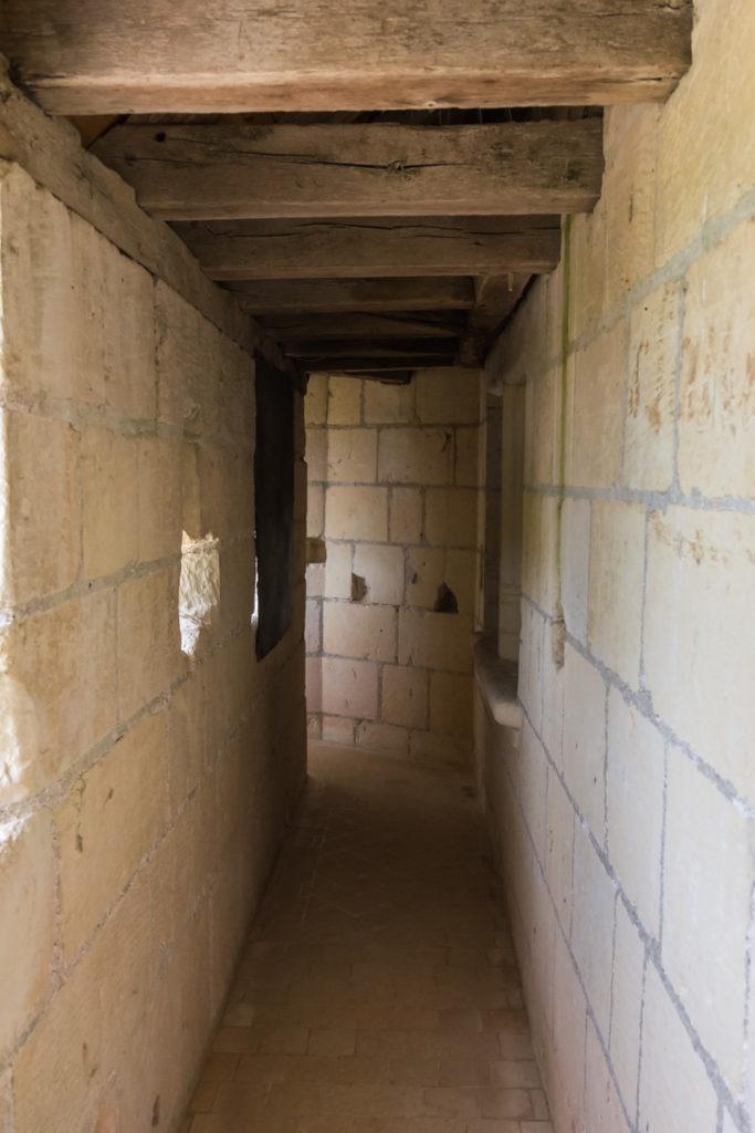 Chateau Ussé-chemin de ronde-entrée
