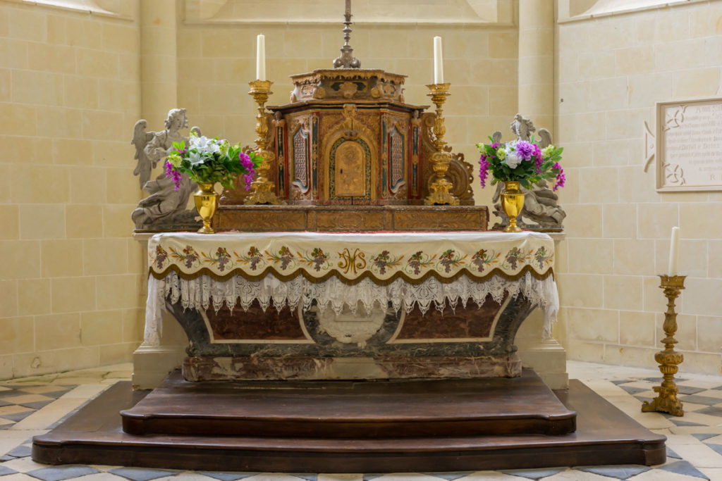 Chateau Ussé-chapelle-autel 2