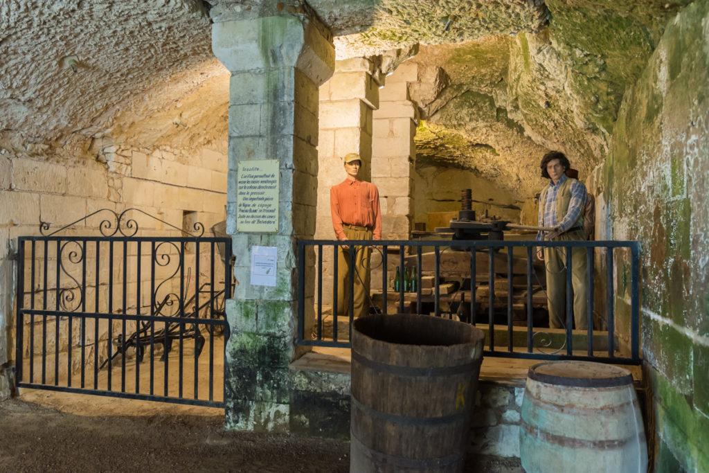 Chateau Ussé-caves-pressoir