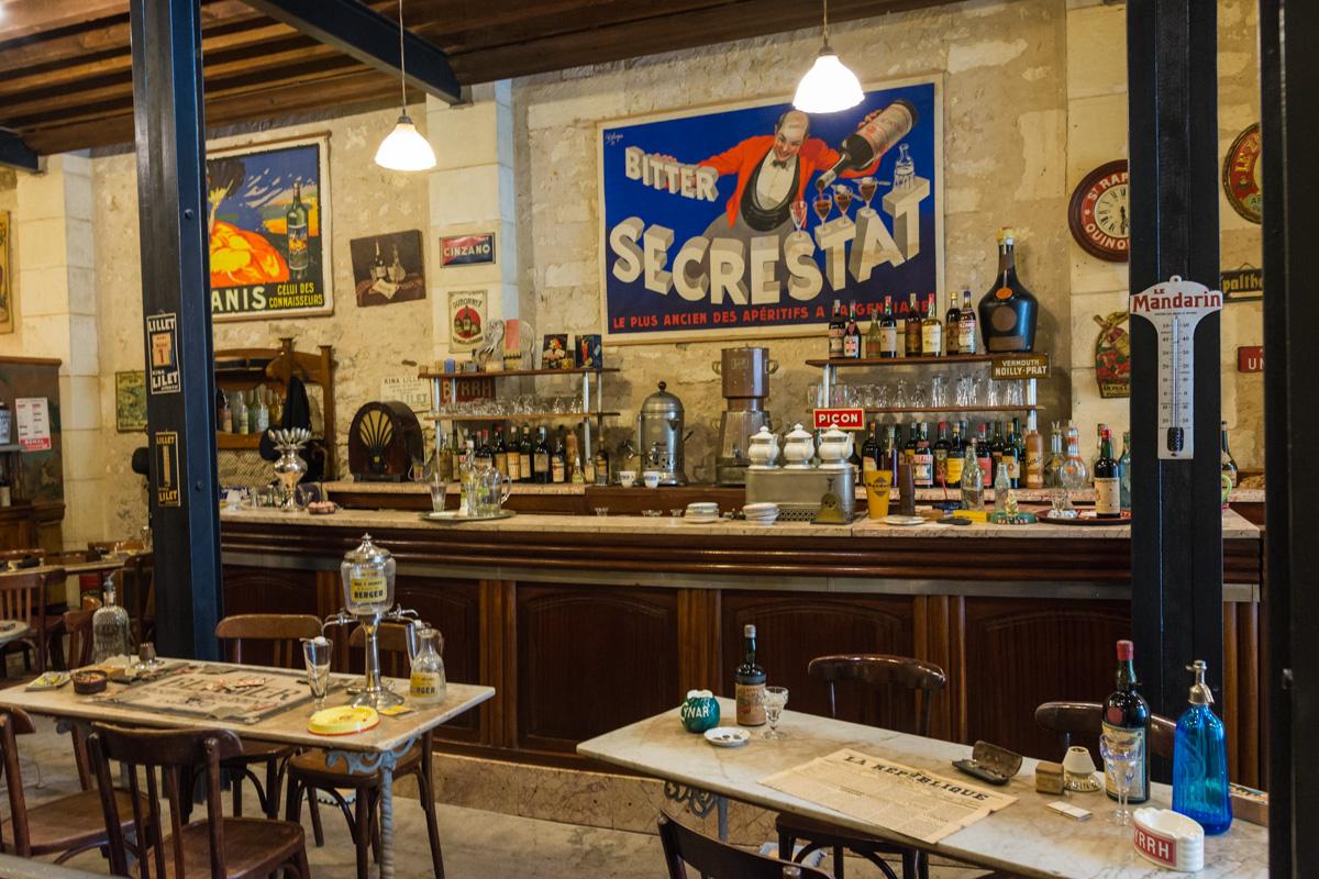 le bar-Musée commerces autrefois by ArnaudDPhotography