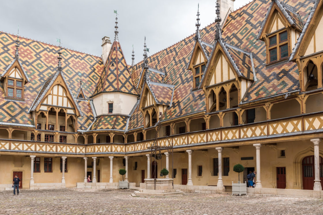 Hospices de Beaune-toits