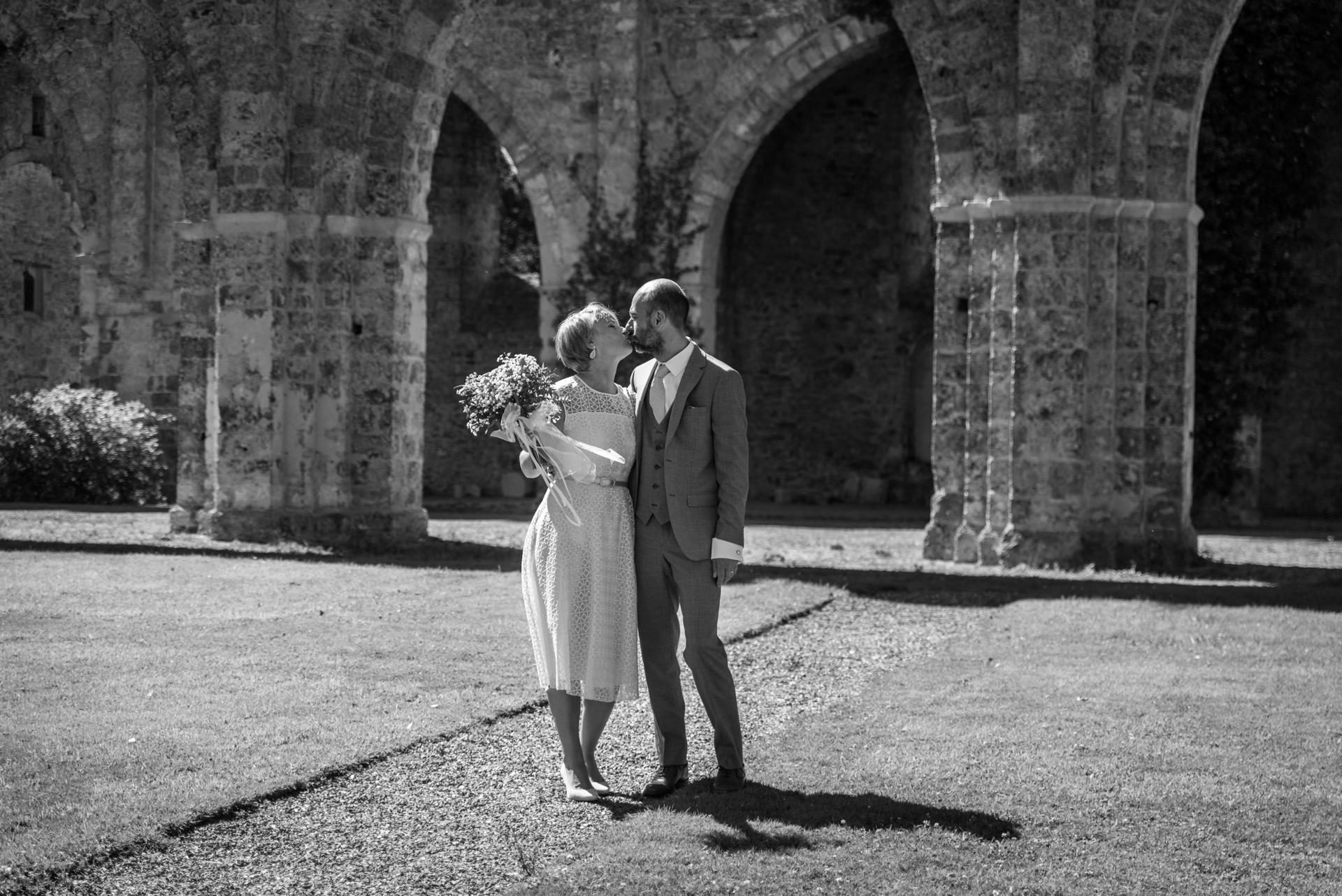 Mariage-Abbaye-Vaux-Cernay-Arnauddphotography